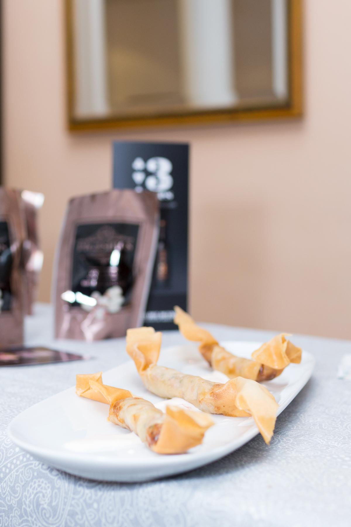 Crounchy de tartar salchichón Picasines